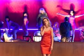 1_manon-lescaut_nadja-stefanoff-chor-des-staatstheater-mainz_c_andreas-etter-2